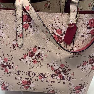 Coach Floral Highline Tote!